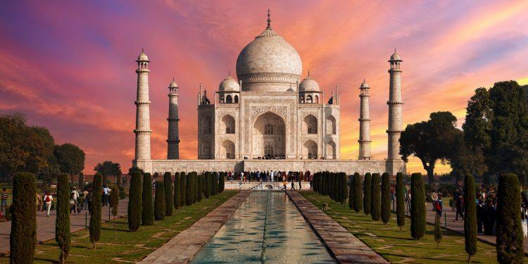 Taj Mahal - Places To Visit In India